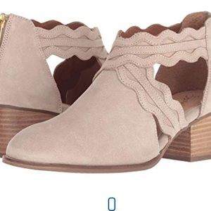 Anthropologie Seychelles ankle boots brand new